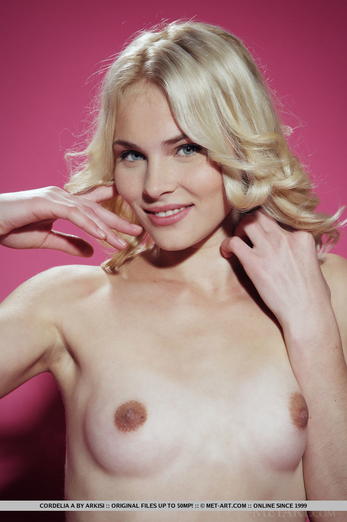 Cordelia A MetArt | Cordelia A In Presenting Cordelia By Arkisi ...: perfectass.com.ar/cordelia_a_metart/presenting-cordelia-a-nude...